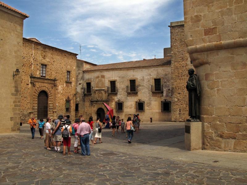 caceres turismo visitas guiadas