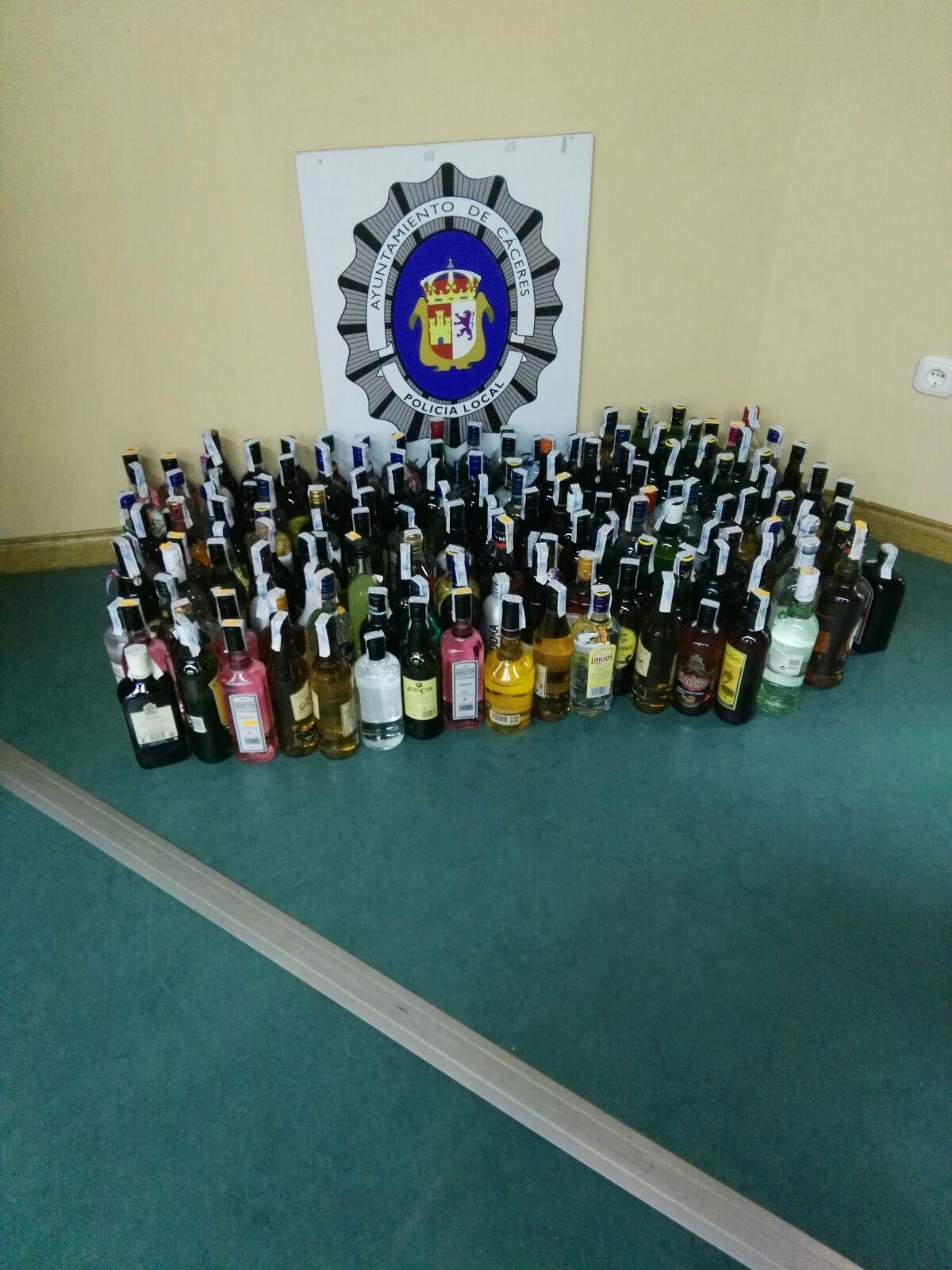 Policía Local interviene bebidas alcohólicas