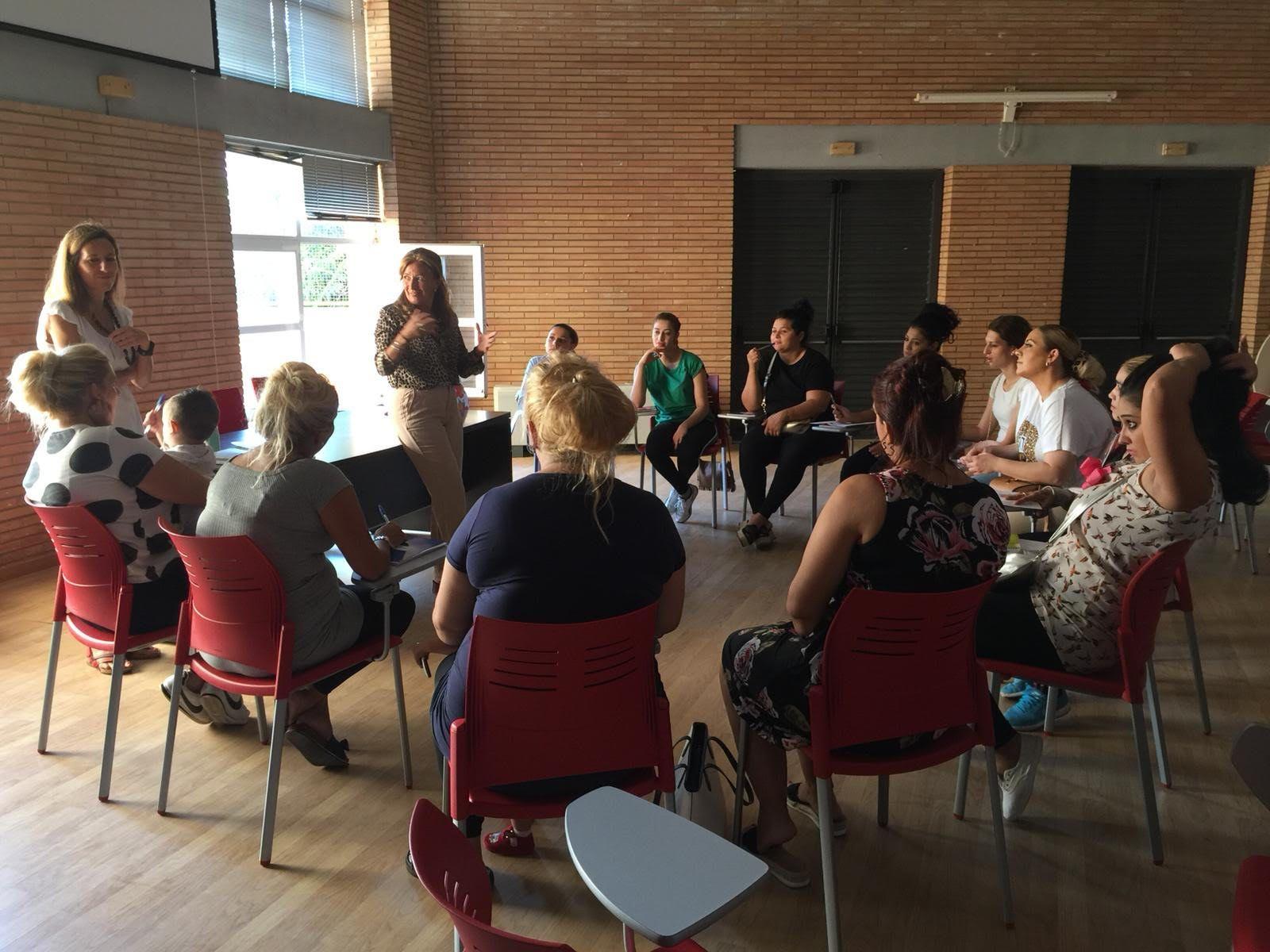 Empoderamiento Social, Laboral y Personal de Mujeres Gitanas