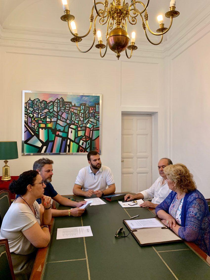 El Ayuntamiento de Cáceres y la Confederación Empresarial de Turismo de Extremadura trabajarán conjuntamente por el presente y futuro del turismo en la ciudad