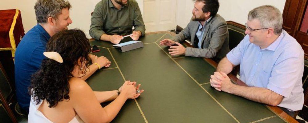 El Ayuntamiento de Cáceres apuesta por el trabajo común para potenciar el turismo de la ciudad