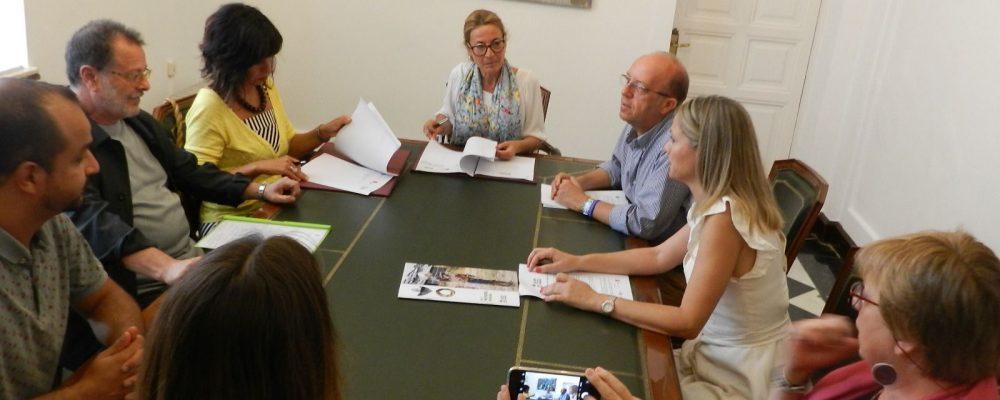 El Ayuntamiento rubrica en un Convenio su compromiso con la Fundación Acción contra el Hambre