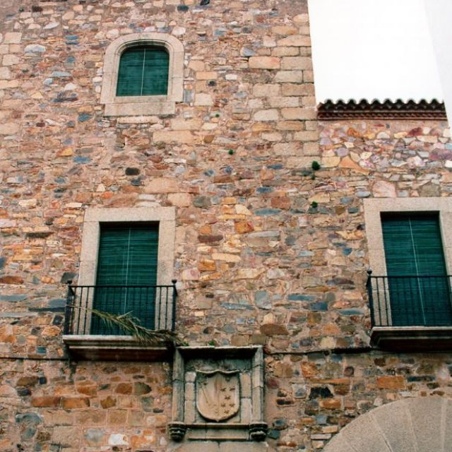 Casa de Sánchez Paredes (Sánchez Paredes House)