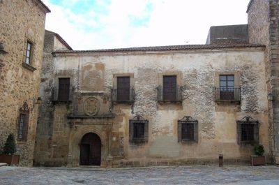 Palacio de Hernando de Ovando