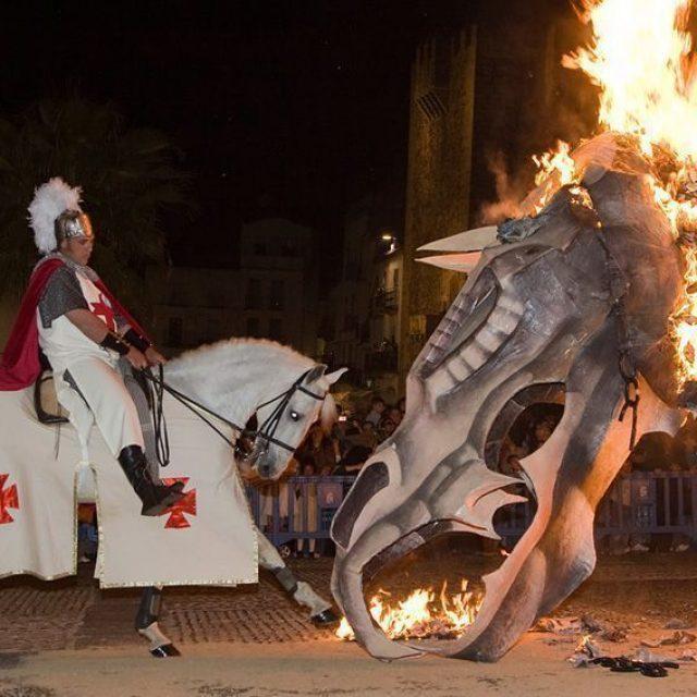 Concurso de Dragones y Cortejo – Fiesta de San Jorge 2019