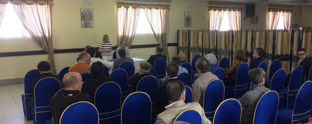 La alcaldesa traslada a los empresarios de Capellanías los proyectos para potenciar el polígono