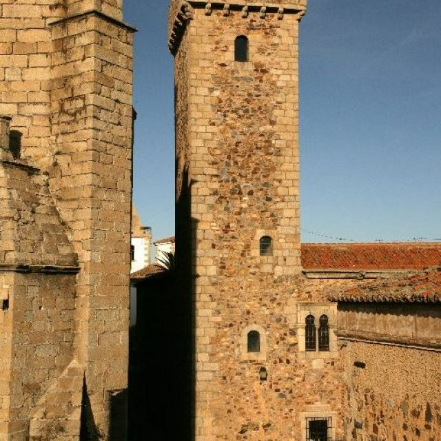 Palacio del capitán Diego de Ovando o Palacio de las Cigüeñas